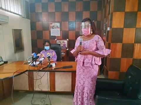 Enugu Woman Receives N1m After Returning N13m Mistakenly Paid Into Her Bank Account 3