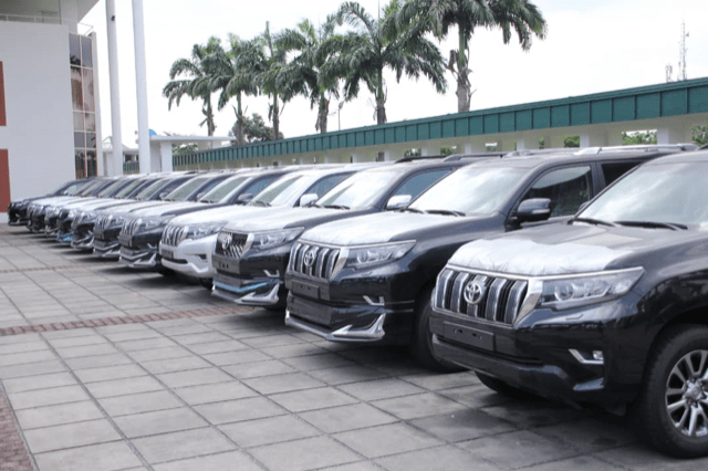 AGAIN! Governor Wike Buys 15 Multi-Million Naira Prado Jeeps For Rivers' Federal Lawmakers 2