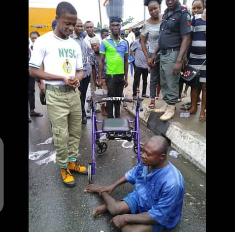 Former NYSC Corp Member Used His Allowance To Purchase Wheelchairs For Less Privileged 4