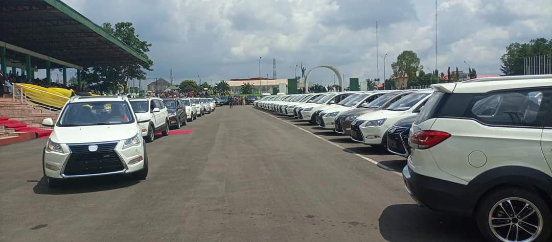 Governor Obiano Distributes 130 Innoson Ikenga SUV To Traditional Rulers In Anambra State [Photos] 4