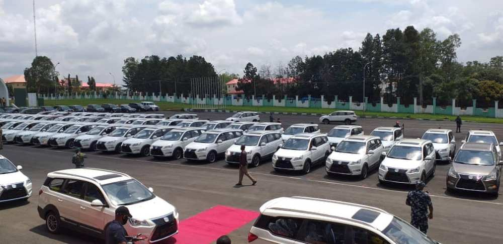 Governor Obiano Distributes 130 Innoson Ikenga SUV To Traditional Rulers In Anambra State [Photos] 3