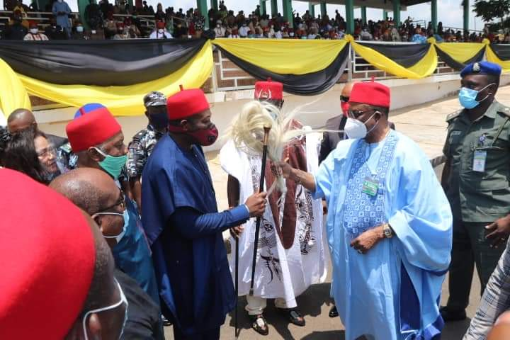 Governor Obiano Distributes 130 Innoson Ikenga SUV To Traditional Rulers In Anambra State [Photos] 1