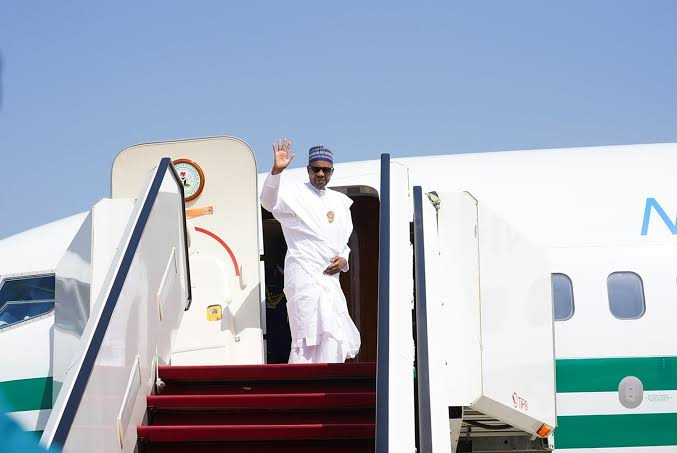 President Buhari Departs For Niger Republic, To Address ECOWAS Leaders On COVID-19 1