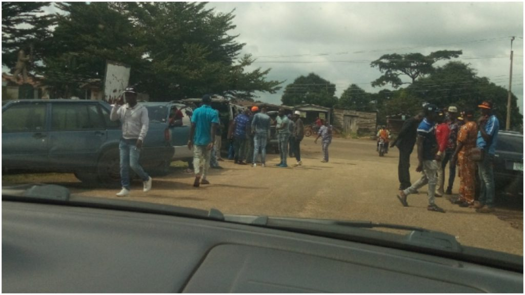 Ondo Lawmakers Alleges Assassination Plot As Political Thugs Surrounds Assembly Complex 1