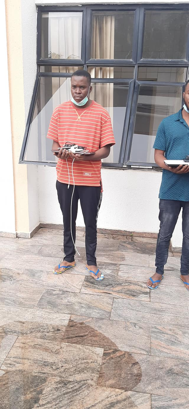 EFCC Arrests Three Suspected Internet Fraudsters In Abuja, Sieze Two Lexus SUVs [Photos] 4