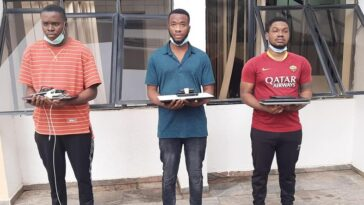 EFCC Arrests Three Suspected Internet Fraudsters In Abuja, Sieze Two Lexus SUVs [Photos] 3