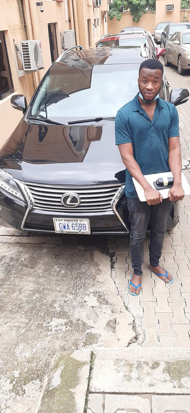 EFCC Arrests Three Suspected Internet Fraudsters In Abuja, Sieze Two Lexus SUVs [Photos] 2