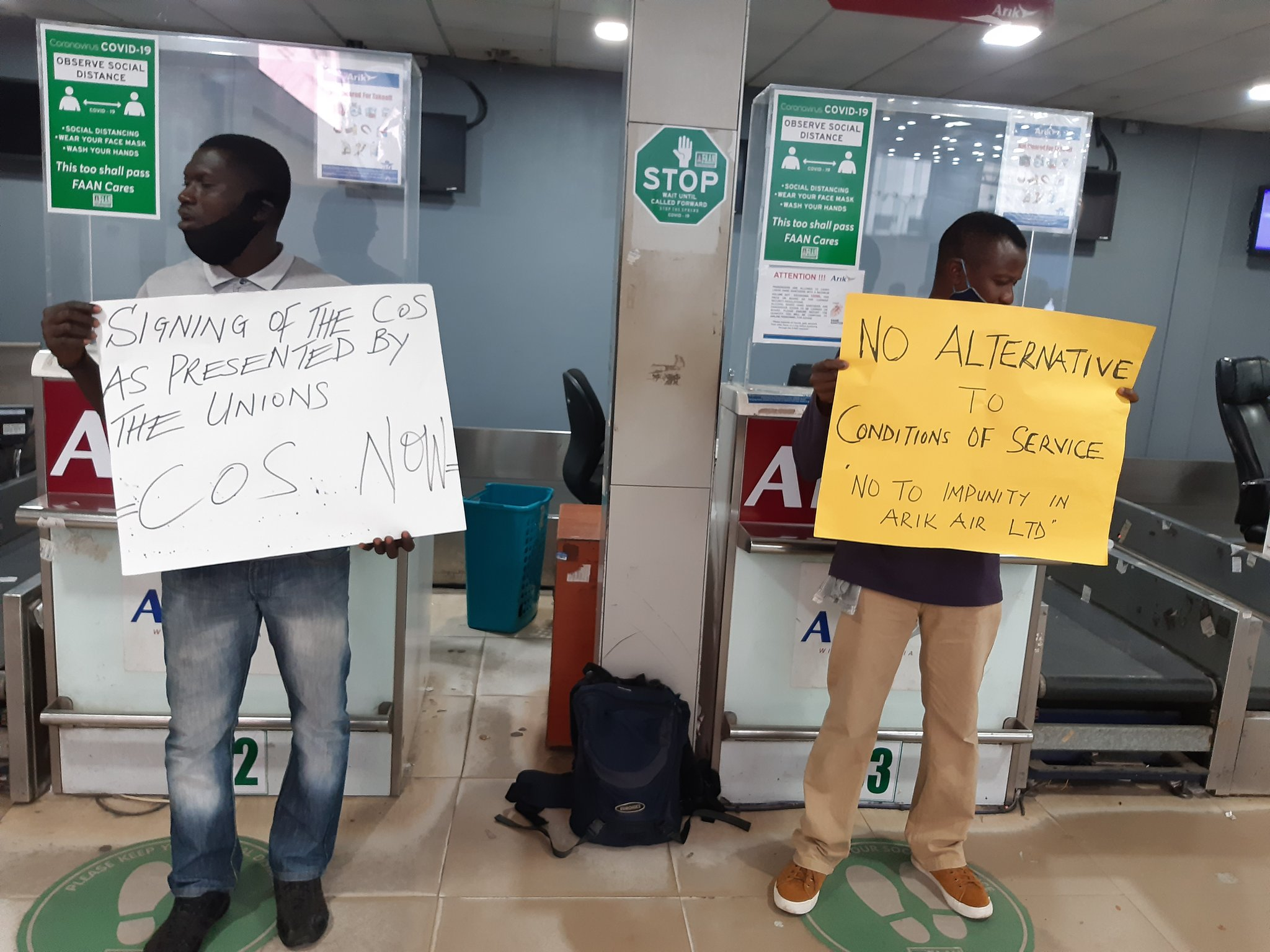 Passengers Stranded As Aviation Unions Shutdown Arik Air Operations In Lagos Over Unpaid Salaries 1