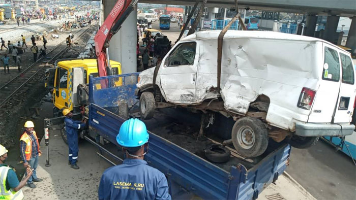 One Passenger Confirmed Dead As Bus, SUV Collides With Moving Train In Oshodi, Lagos [Photos] 5