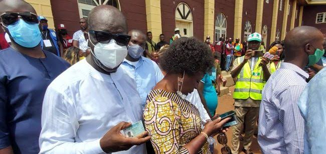 Edo Election: Fight Breaks Out At Polling Unit As Governor Obaseki And Wife Cast Their Vote 1
