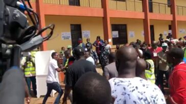 Edo Election: Obaseki's Thugs Chase Away Agents Of Other Political Parties From Polling Unit [Video] 11