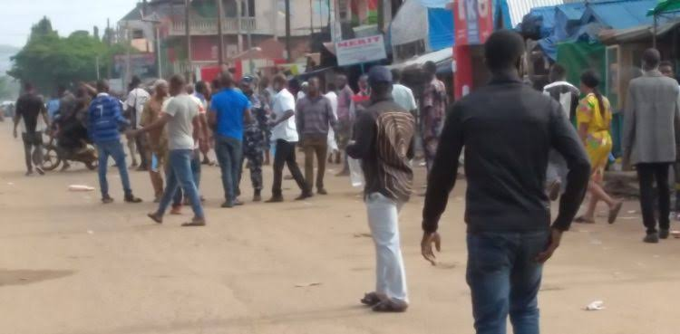 Ondo Election: Pandemonium As Political Thugs Shoot Voters At Polling Unit In Akure 1