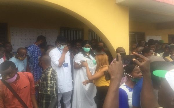 Ondo Election: PDP Candidate, Jegede And Wife Finally Cast Votes After Technical Challenges 1
