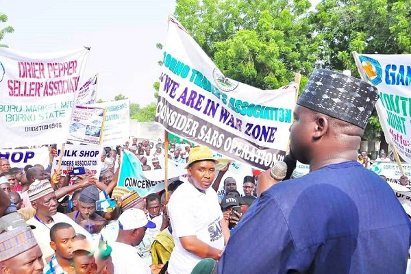Governor Zulum Asks IGP Adamu To Deploy SARS Officers To Fight Boko Haram In Borno 2