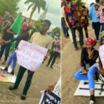 Young Nigerian Man Proposes To His Girlfriend During #EndSARS Protest In Lagos [Photos] 22