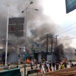 LAGOS: Orile Police Station Set Ablaze After Officer Allegedly Shot Two Hoodlums [Video] 27