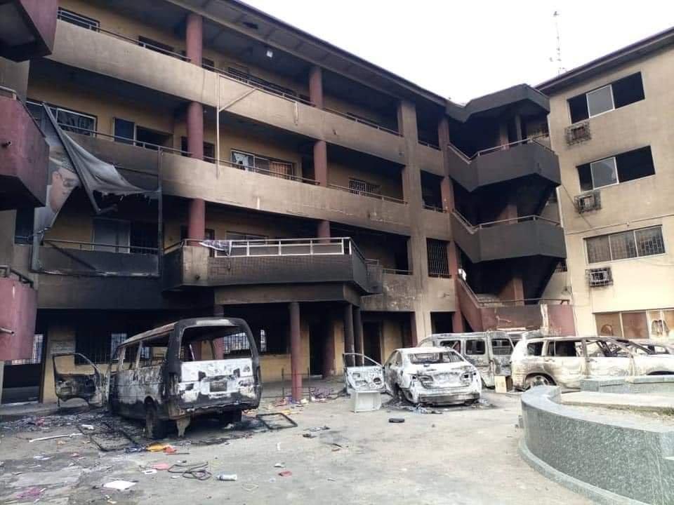 PHOTONEWS: Ajeromi Ifelodun local government council Lagos burnt down by hoodlums 1