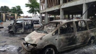PHOTONEWS: Ajeromi Ifelodun local government council Lagos burnt down by hoodlums 8