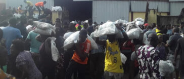 Lagos Residents Discover A Warehouse Loaded With COVID-19 Palliative Meant For Nigerians [Video] 24