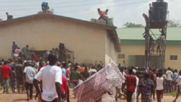 Nigerian Army Deploys Helicopter As Hoodlums Breaks Into Abuja NYSC Camp In Kubwa [Video] 14