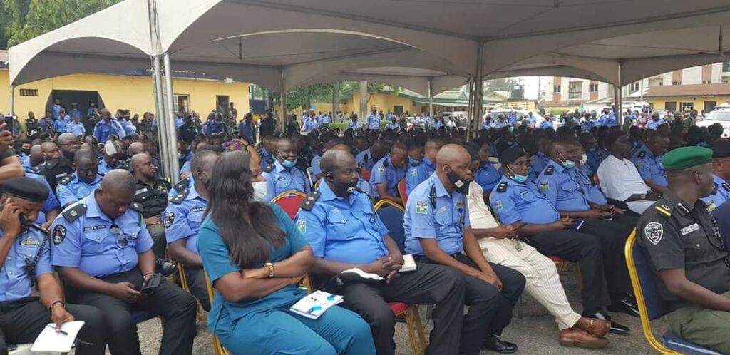 Lagos State Government Compensates Police Officers killed during #EndSARS protest 3