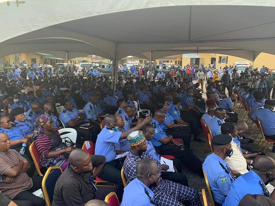 Lagos State Government Compensates Police Officers killed during #EndSARS protest 4