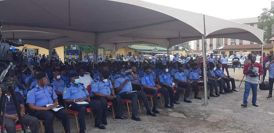 Lagos State Government Compensates Police Officers killed during #EndSARS protest 1