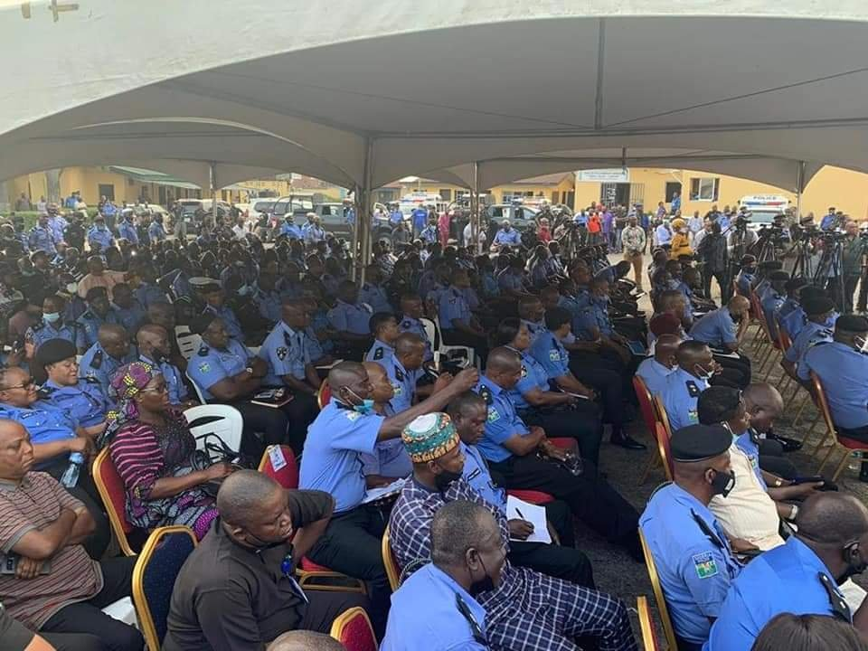 Lagos State Government Compensates Police Officers killed during #EndSARS protest 5
