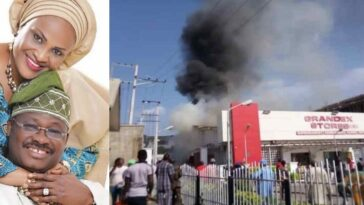 Grandex Supermarket Belonging To Ajimobi's Wife, Florence Partly Razed By Fire In Ibadan 7