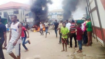 Two Suspected Armed Robbers Burnt To Death By Angry Mob In Delta State 4