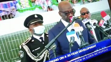 Governor Obaseki's ADC Collapses During His Inauguration Speech For Second Term [Video] 7