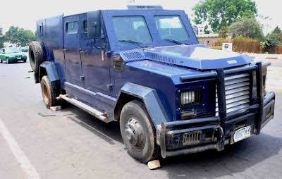 Bullion van robbery in Ajah: Two killed as Armed robbers attack bullion van in Lagos - VIDEO 1
