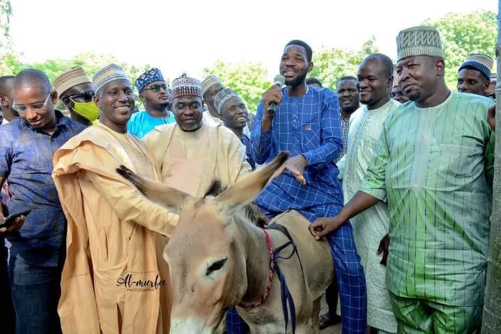Governor Ganduje's Aide, Murtala Gwarmai Shares Donkey To Empower Youths In Kano 1