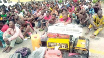 Police Arrest 720 Suspects During Raid On 'Black Spots' In Lagos, Recover Looted Items 8
