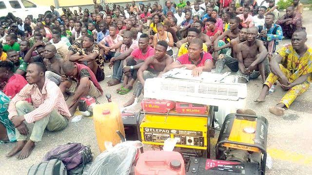 Police Arrest 720 Suspects During Raid On 'Black Spots' In Lagos, Recover Looted Items 1