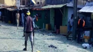 Three Feared Dead, 150 Vehicles, 200 Shops Destroyed As Hoodlums Clashes Over 'Supremacy' In Lagos 8