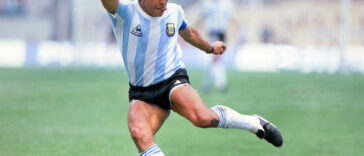 Diego maradona cause of death: Argentina Soccer legend Maradona dies at 60 24