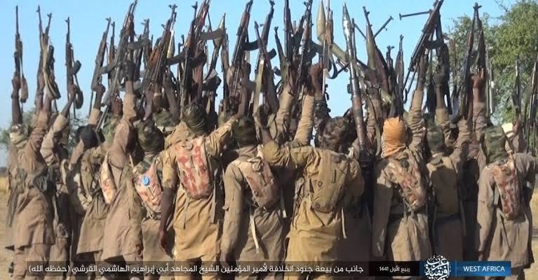 ISWAP Kills 10 Nigerian Soldiers During A Gun Fight, Takes One Hostage In Borno 1