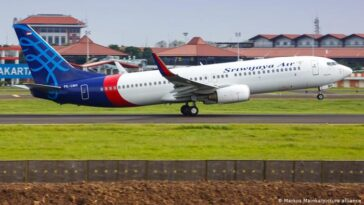 Scores Dead As Indonesia's Sriwijaya Air Flight 182 crashes into the ocean 2