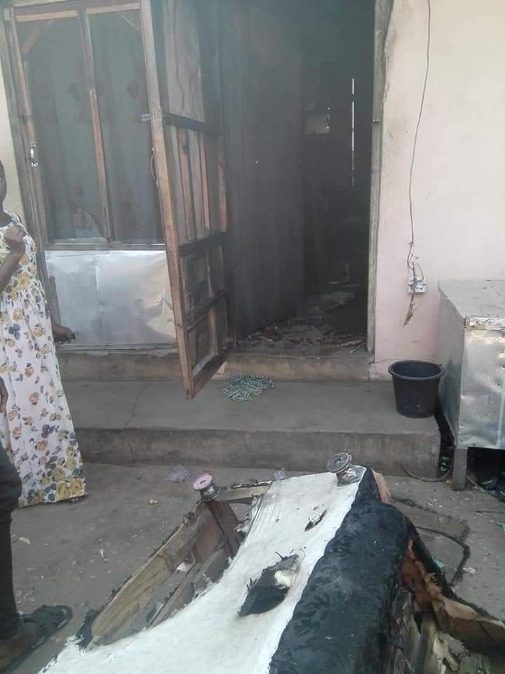 Girl Sets Boyfriend Ablaze for reportedly paying a girls  bride price. 4