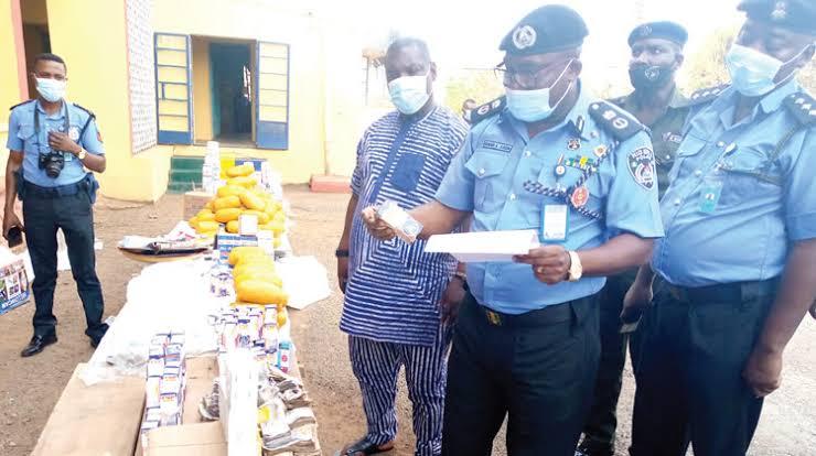 Ogun Drug Dealers Flee As Police Burst Their Hideout, Recover N10m Hard Drugs 1