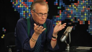Legendary TV Host, Larry King Dies After He Was Hospitalized With COVID-19 9