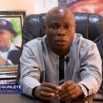Angry Youths Beats Up Ondo Commissioner, Saka Ogunleye During APC Meeting 28