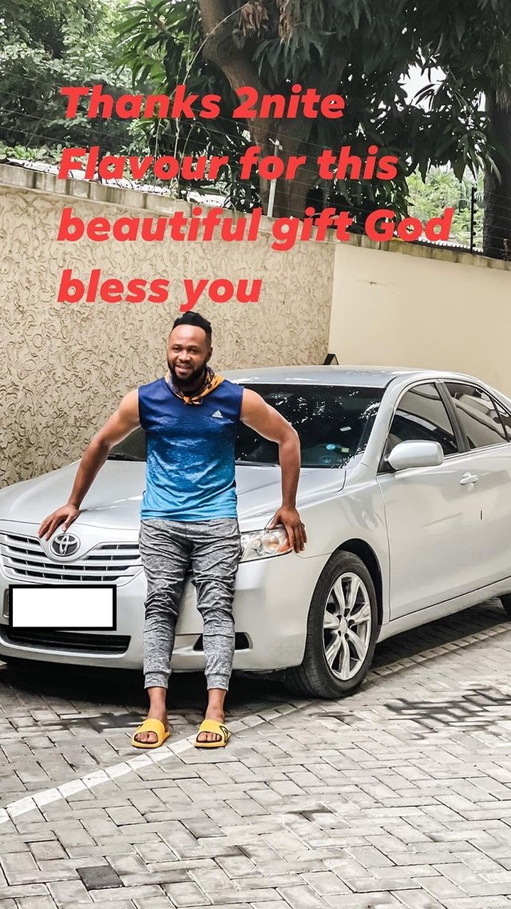 Singer Flavour Gift His Childhood Friend 'Asuwa Dede' A Brand New Car [Photos] 3