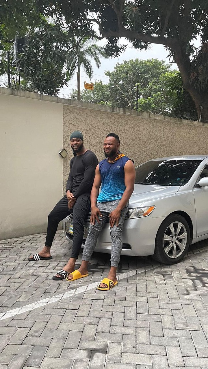 Singer Flavour Gift His Childhood Friend 'Asuwa Dede' A Brand New Car [Photos] 1