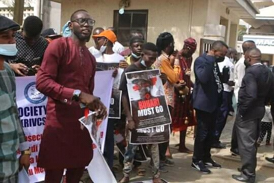 Northern Youths Storms Streets Of Abuja To Demand Buhari's Resignation [Photos/Video] 6