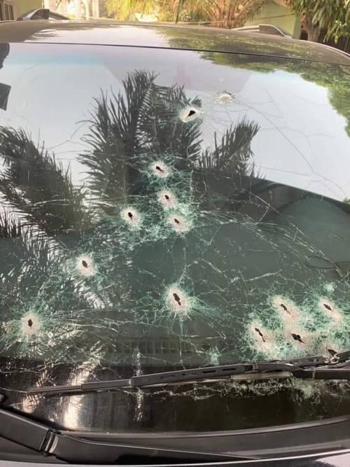 Bandits Opens Fire On Emir Of Birnin Gwari's Convoy In Kaduna [Photos] 2