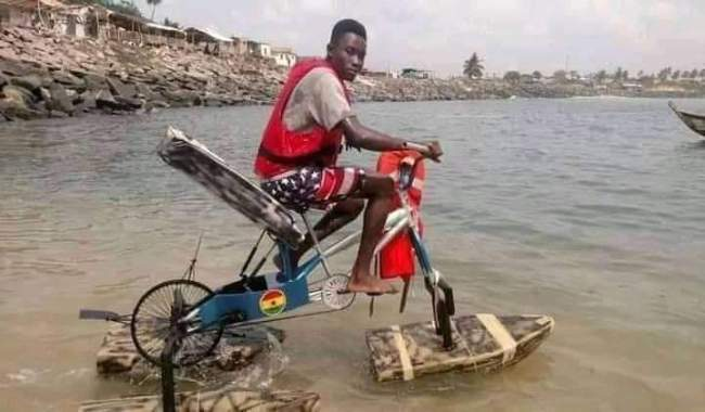 Student Builds Floating Bicycle For Kids Living In Riverine Areas [Photos] 3