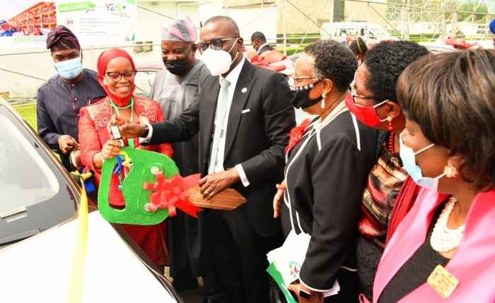 Governor Sanwo-Olu Presents Cars To 13 Outstanding Teachers In Lagos [Photos] 1