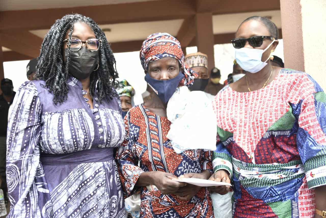 Dangote Empowers 16,000 Women With N10,000 Each In Kwara 1